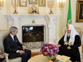 Патриарх Кирилл принял в Синодальной резиденции нового британского посла в Москве