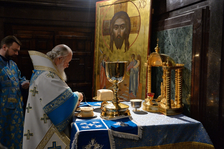 Патриаршее служение в день Рождества Богородицы 2016