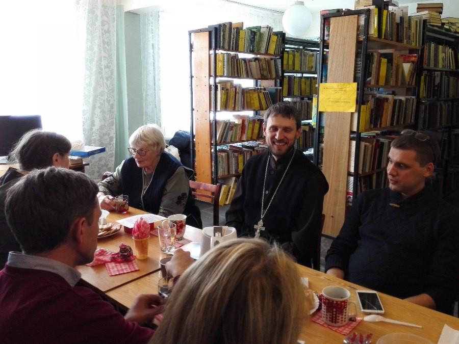 Поэтическая встреча в Бархатовской сельской библиотеке