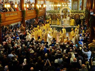 В ходе визита в Великобританию Патриарх Кирилл освятил Успенский собор Сурожской епархии после рекон