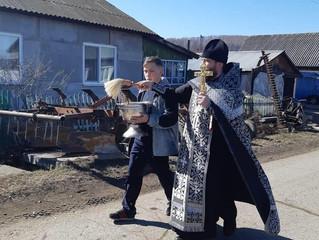 В Бархатово состоялся крестный ход с молебным пением во время губительной эпидемии