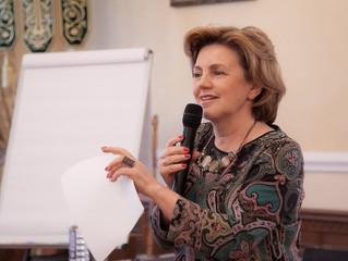 Первая леди Красноярского края провела семинар, посвящённый здоровому питанию