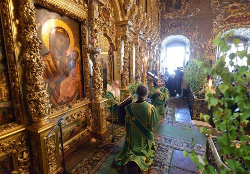 Патриарх Кирилл в Троице-Сергиевой лавре