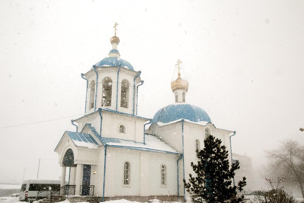 Введенский храм в посёлке Берёзовка