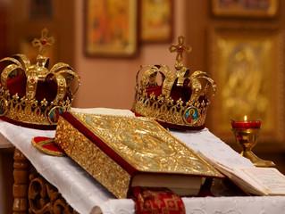 В минувшее воскресенье прихожане Покровского храма помолились о счастье в супружестве и крепости хри