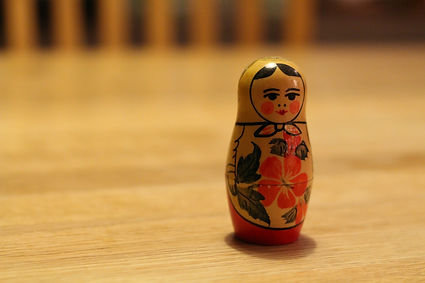 babushka-569682_1920 lone doll.jpg
