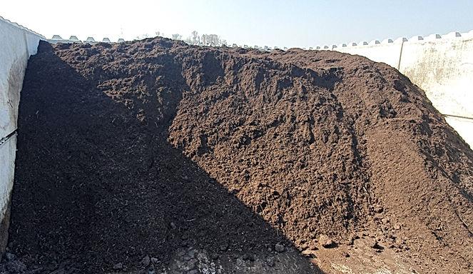 Kompost neu.jpg