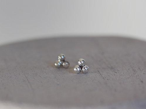 Orecchini a pallini in argento 925