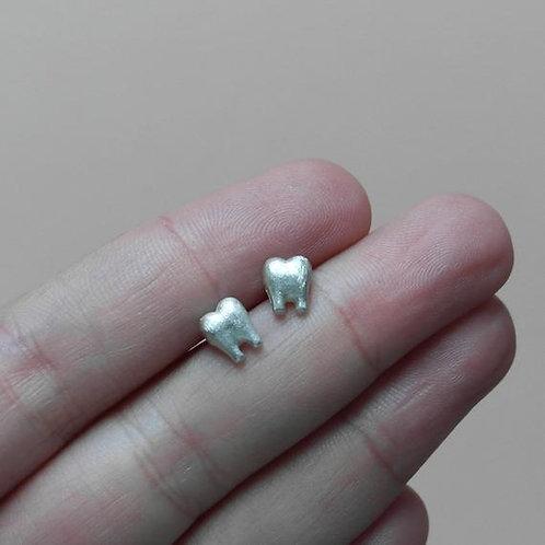 Orecchini a dente in argento 925