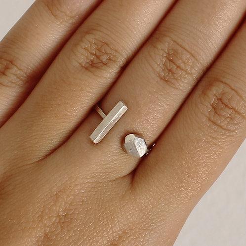 Anello aperto con barra e pepita in argento 925