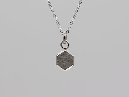 Collana con mini esagono in argento 925