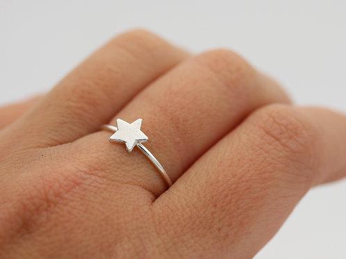 Anello stellina mini in argento 925