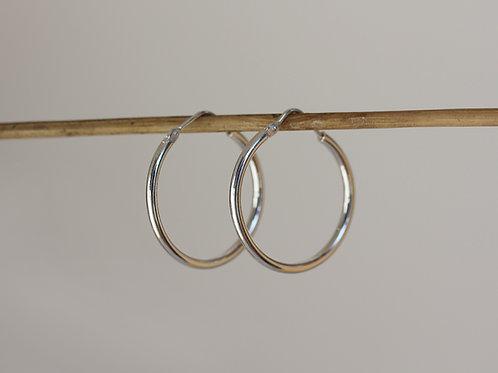 Orecchini a cerchio 25 mm in argento 925