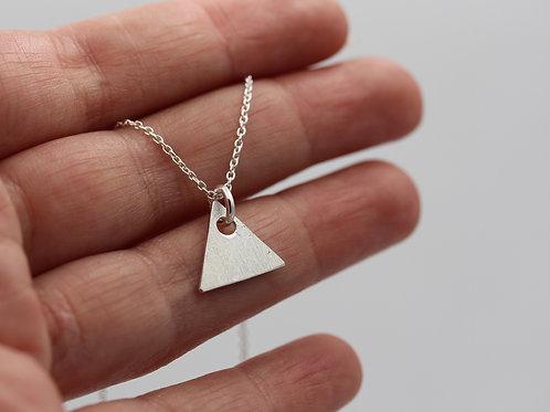 Collana con triangolo in argento 925