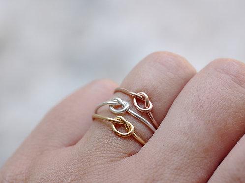 Anello nodo in argento 925
