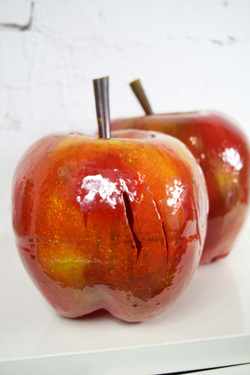 painted prop apples