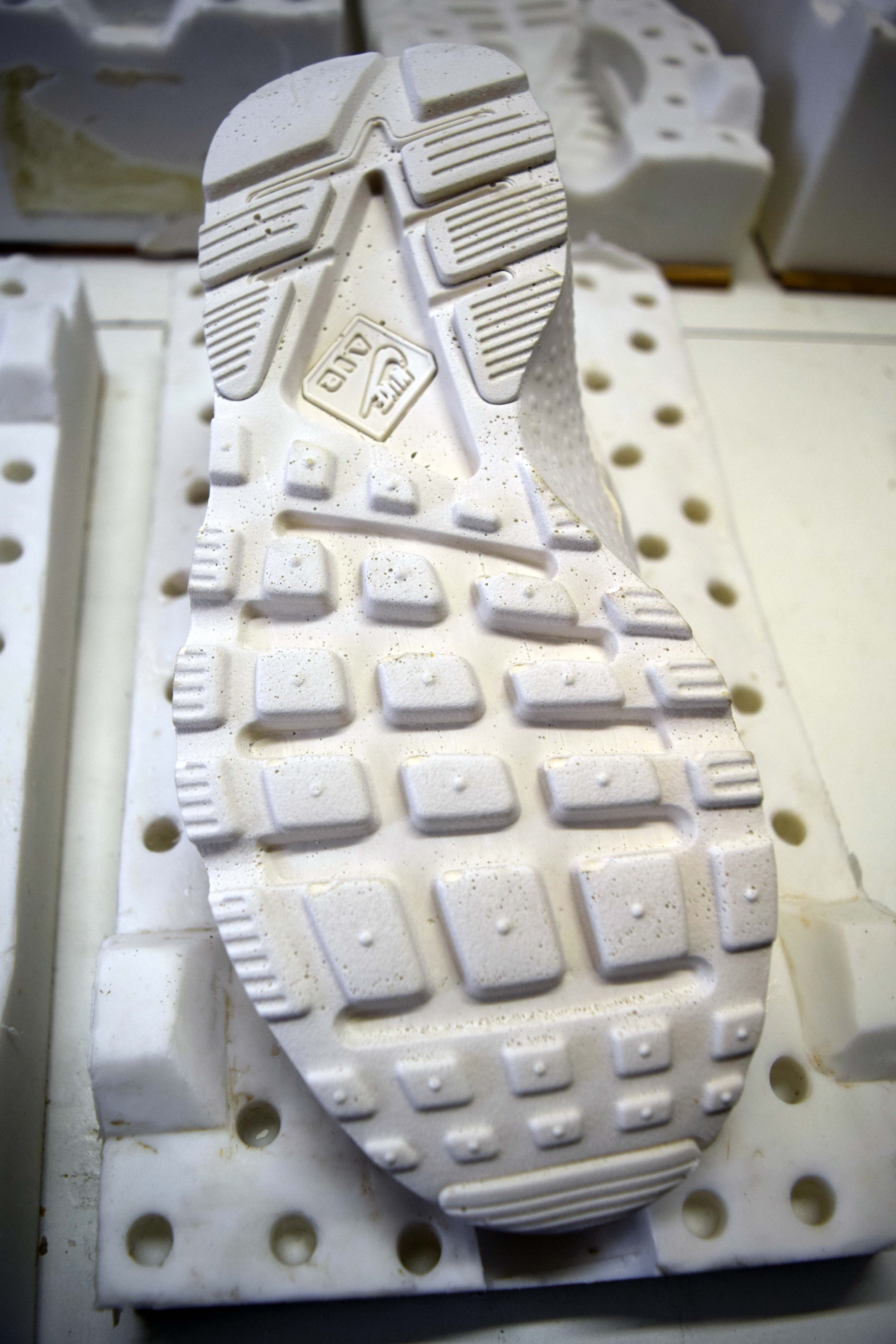 Nike shoe moulds for display