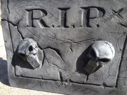 Gravestone Prop for Halloween