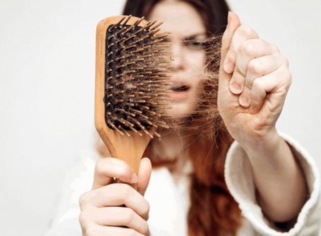 Perche' cadono i capelli? Parrucchieri Natural Style a Conegliano