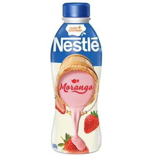 Iogurte Nestle 900g  Morango