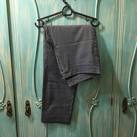 Calça Social cintura média listrada - Tam 44