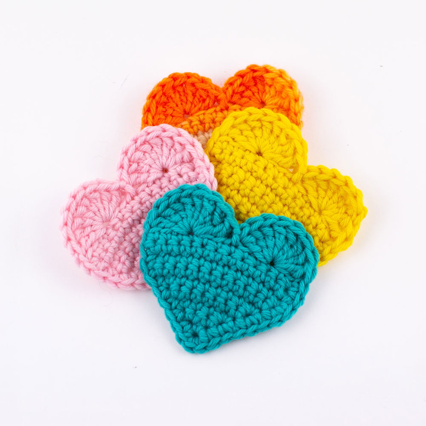 Crochet 2D heart pattern