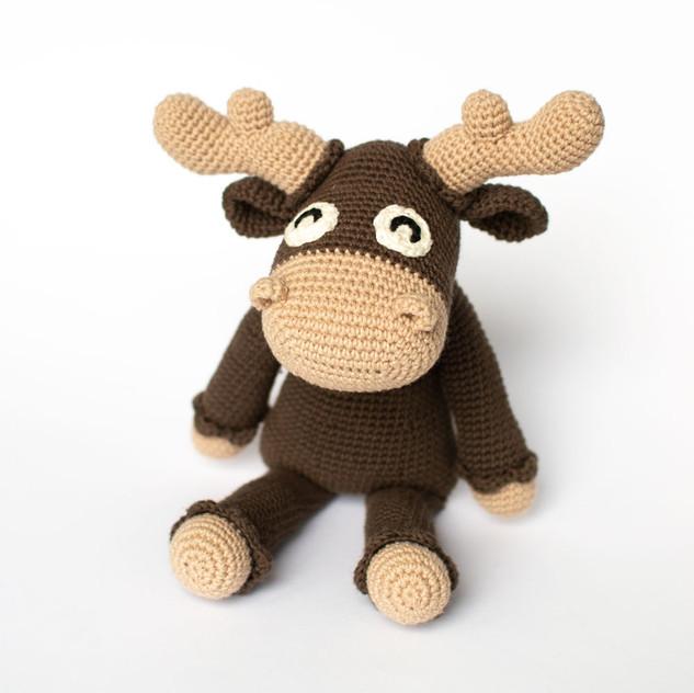 Crochet moose pattern