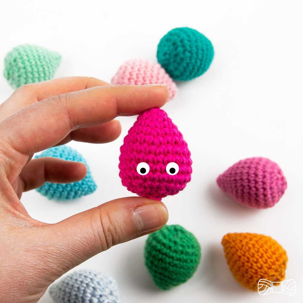 crochet tiny easter egg free pattern