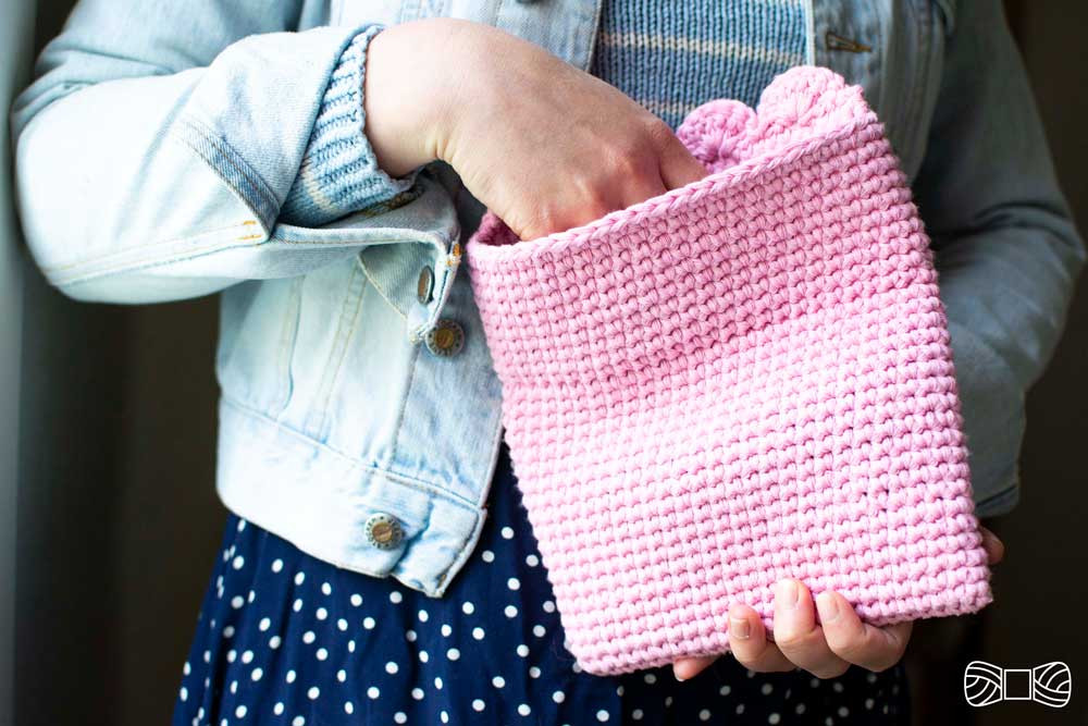crochet rosali clutch free pattern