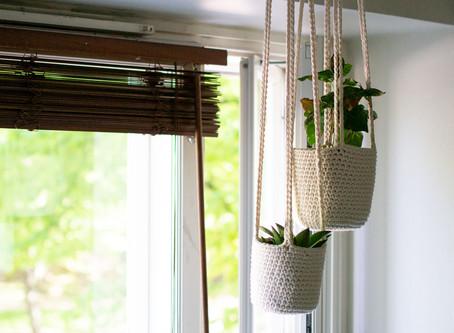 EASY PLANT HANGER   free crochet pattern