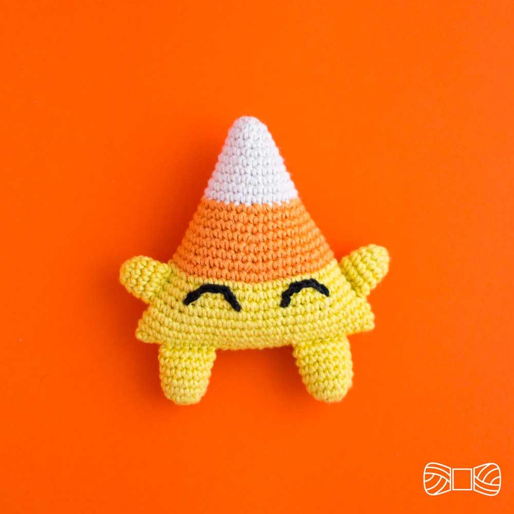 Candy corn amigurumi