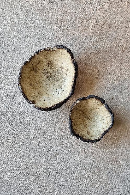 2 pcs rustic bowls