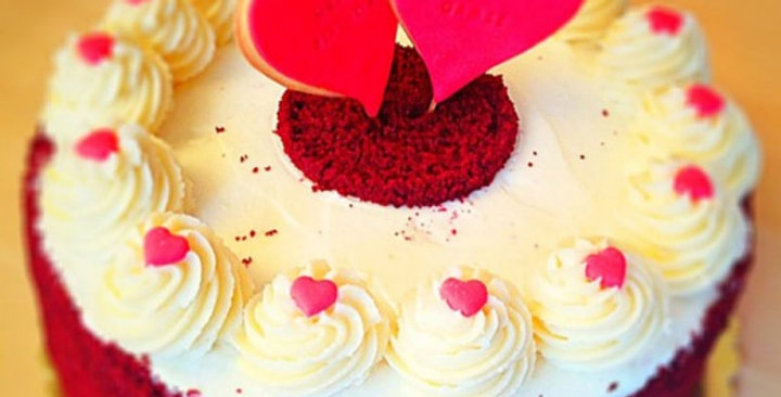 Lovey Dovey Red Velvet Cake