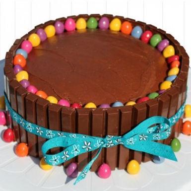 Sugar-Free KitKat Cake