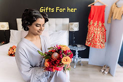 Buy Gifts for her
