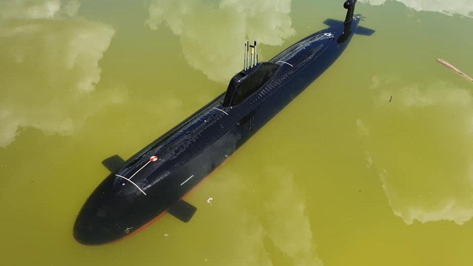 Akula Class Submarine in 1/96 scale