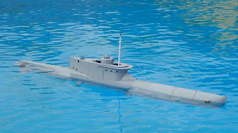 German Seehund Submarine Kit in 1:12 Scale