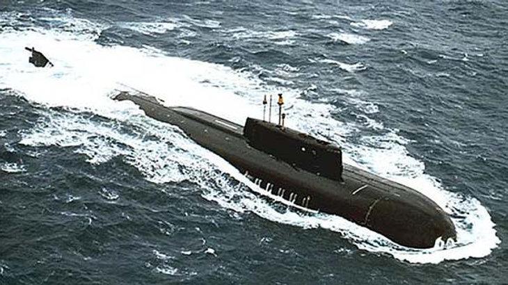 Russian Oscar II Submarine kit in 1:96 scale
