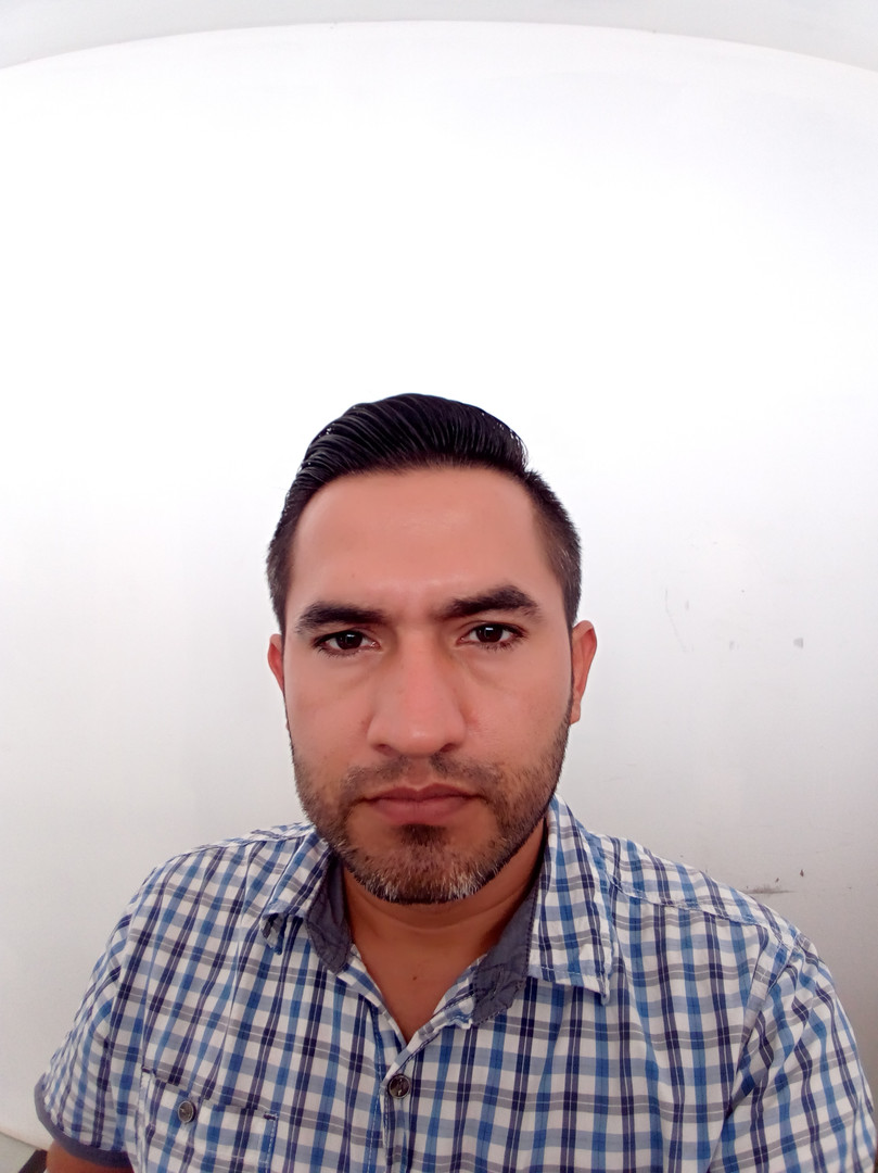 Pablo Robles.jpg