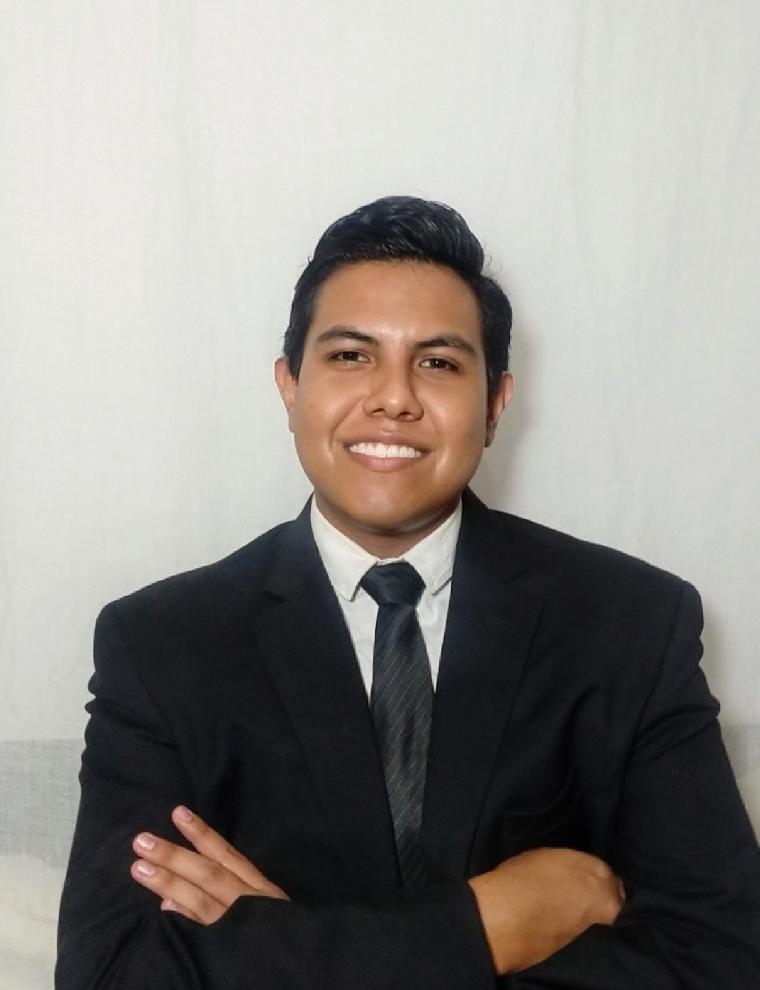 Roberto Frías