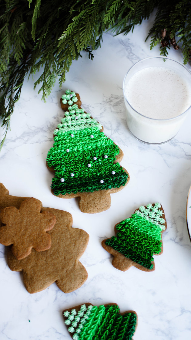 Ombre Christmas Tree Gingerbread Cookies