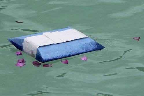 Journey - a floating urn