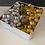 Thumbnail: מארז רומנטי, קופסת יוקרתית מלאה בפרלינים משובחים ובקבוק בלו נאן זהב