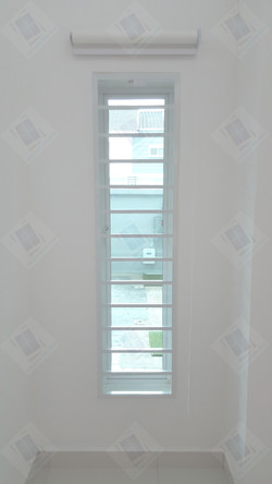 Roller Blind & Reflective Window Film