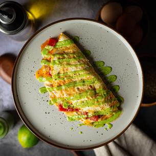 Omelette Mexicana & Salsa de Aguacate