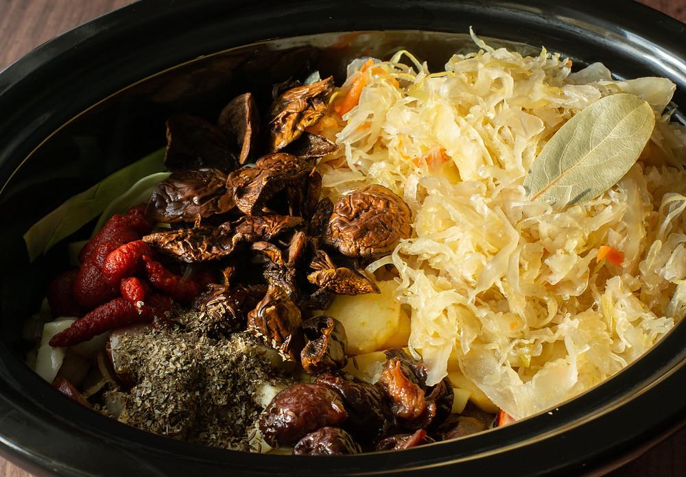 Bigos in slow cooker recipe