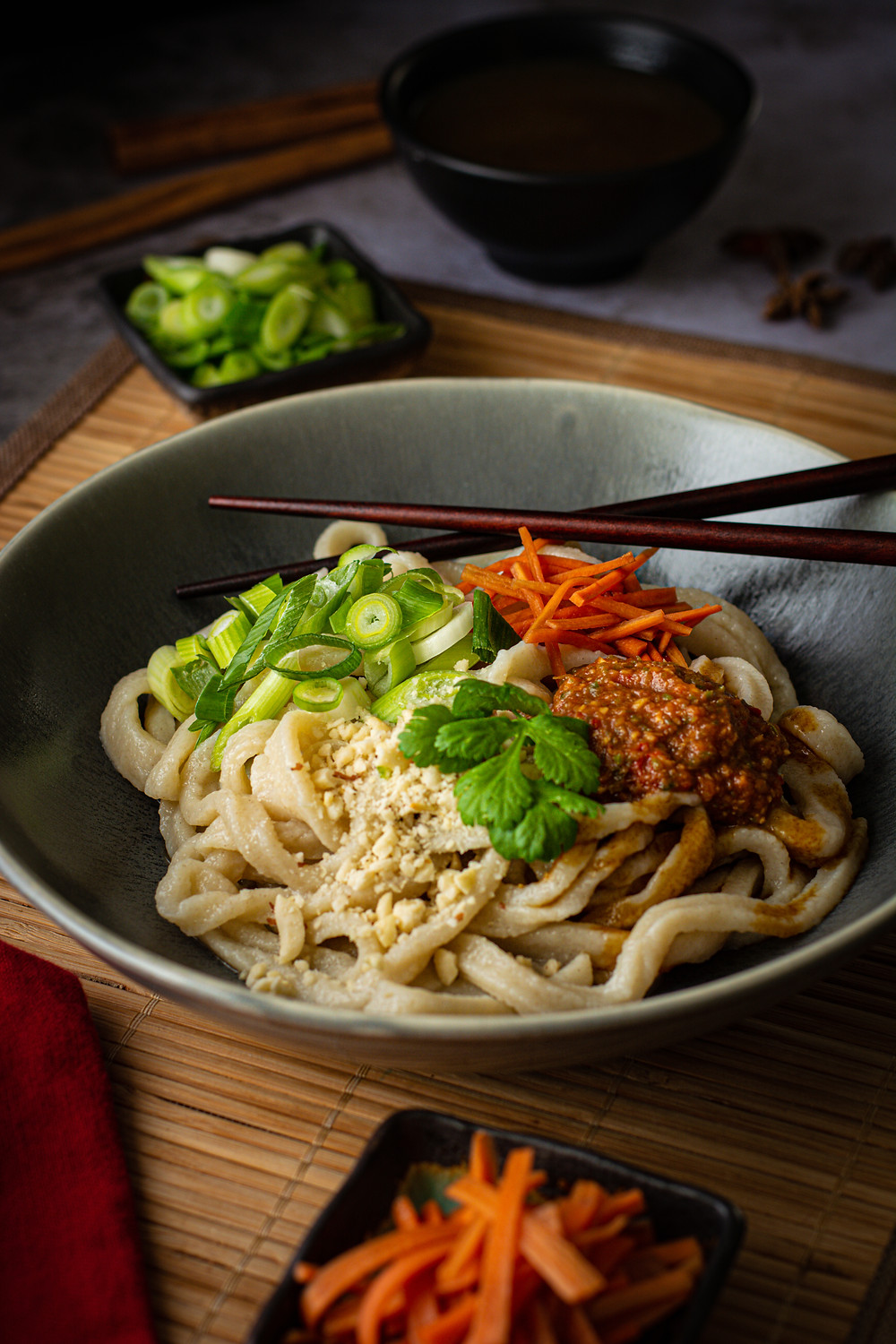 Hot Dry Noodles (RE GAN MIAN, 热干面) in the bowl