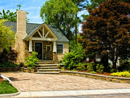 Landscaping Ideas to Improve Curb Appeal