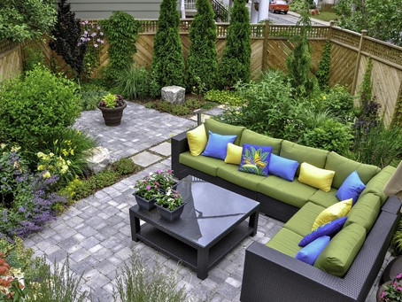 The Differences Between Hardscaping and Softscaping