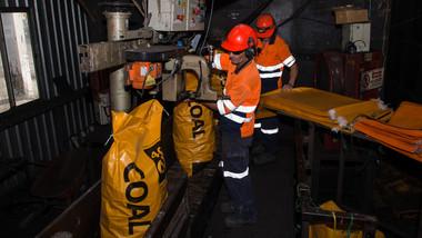 Bagging Operators - Ohai Coal